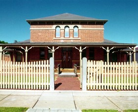 Wentworth Courthouse - Taree Accommodation
