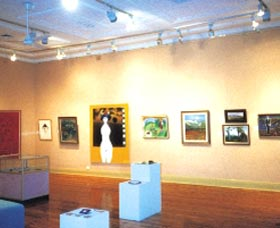 Griffith Regional Art Gallery - Taree Accommodation