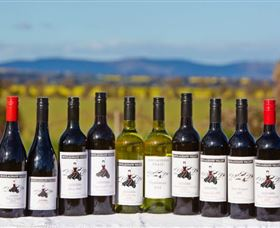 Houlaghans Valley Wines - Taree Accommodation