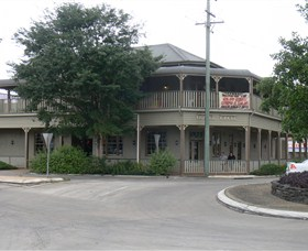 The Hotel Cecil - Taree Accommodation
