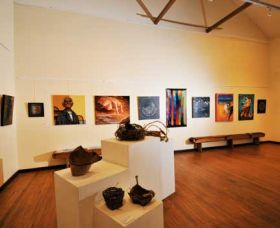 Blue Knob Hall Gallery and Cafe - Taree Accommodation
