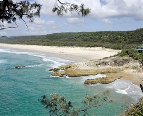 Main Beach North Stradbroke Island - Taree Accommodation