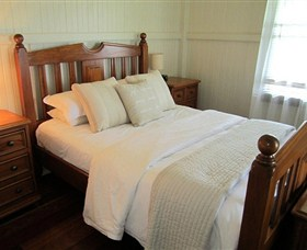 McLennans Lane River Retreat - Taree Accommodation