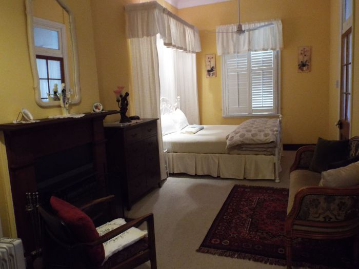 Guy House Bed and Breakfast - Taree Accommodation