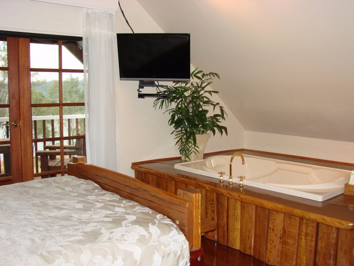 Clarence River Bed and Breakfast - Taree Accommodation