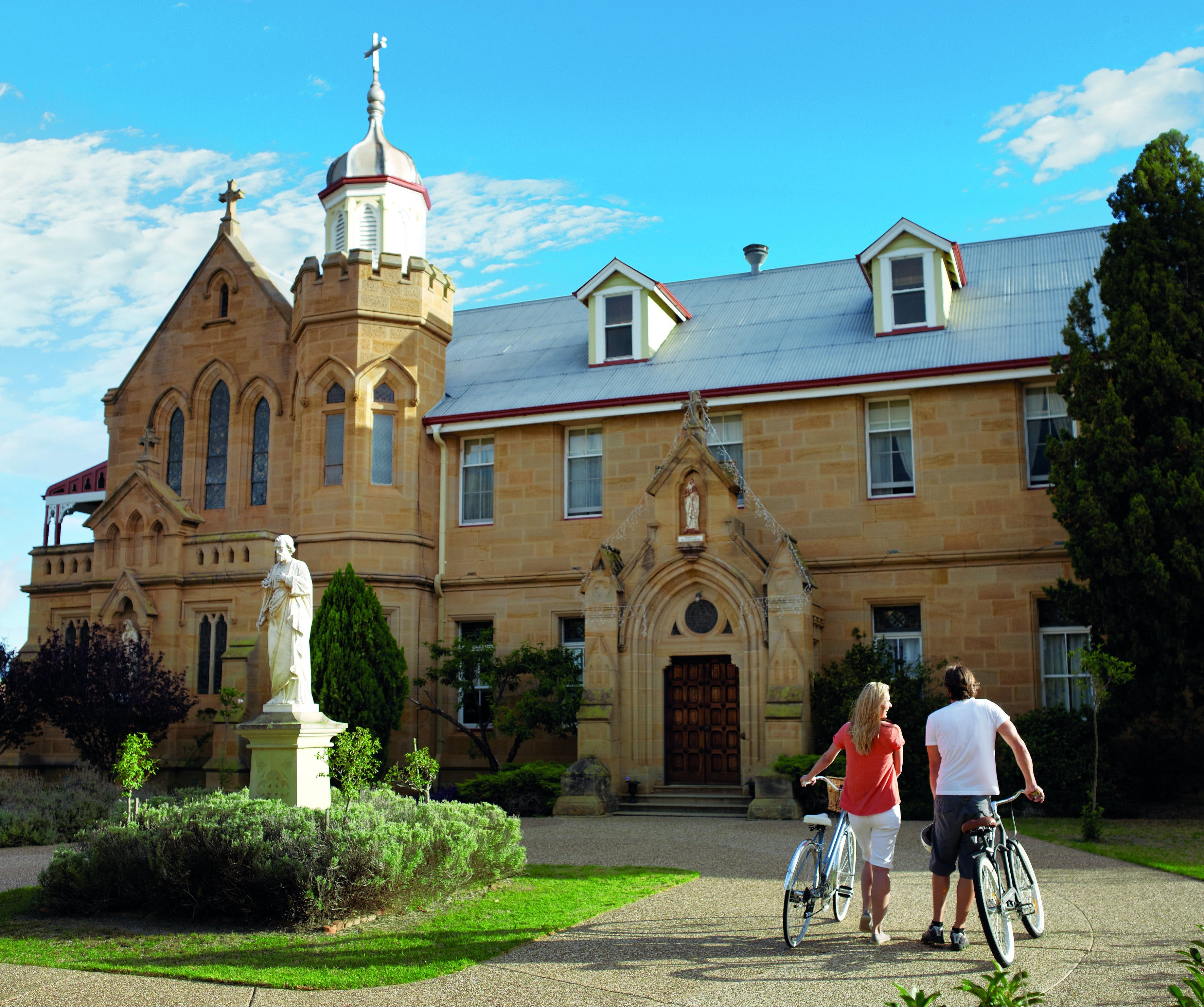 Warwick - Taree Accommodation