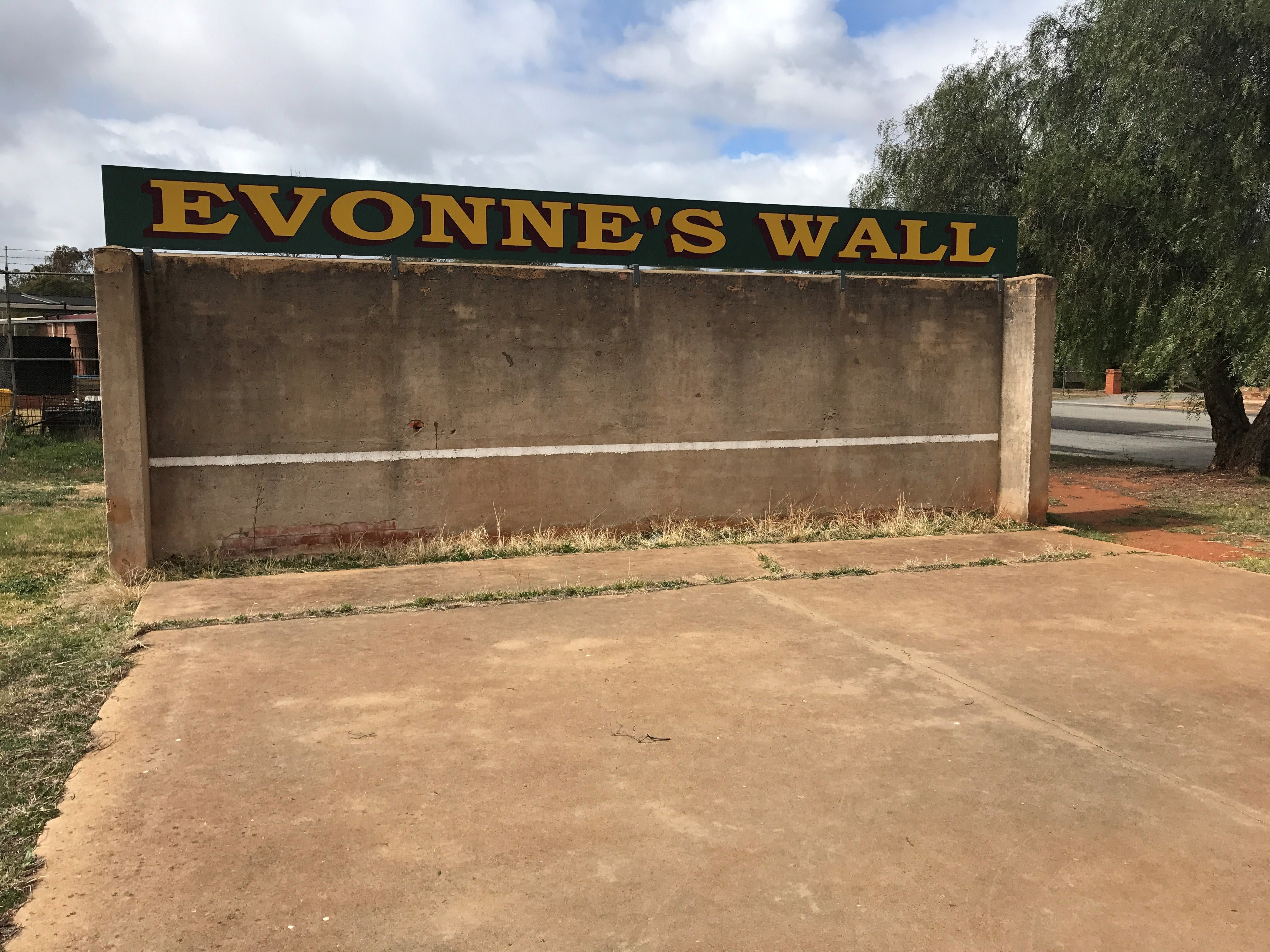 Evonne Goolagong-Cawley Wall - Taree Accommodation