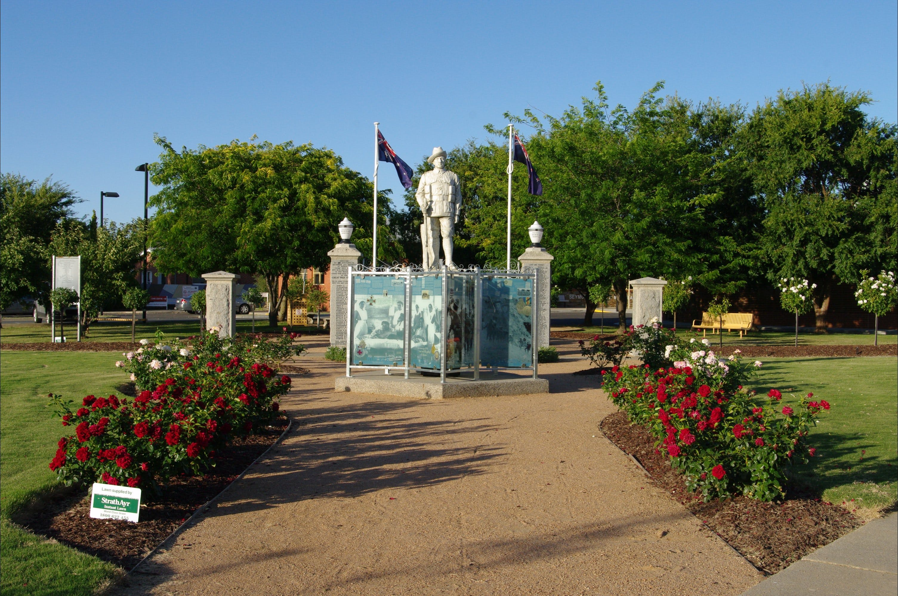 WW1 Memorial Park - Taree Accommodation