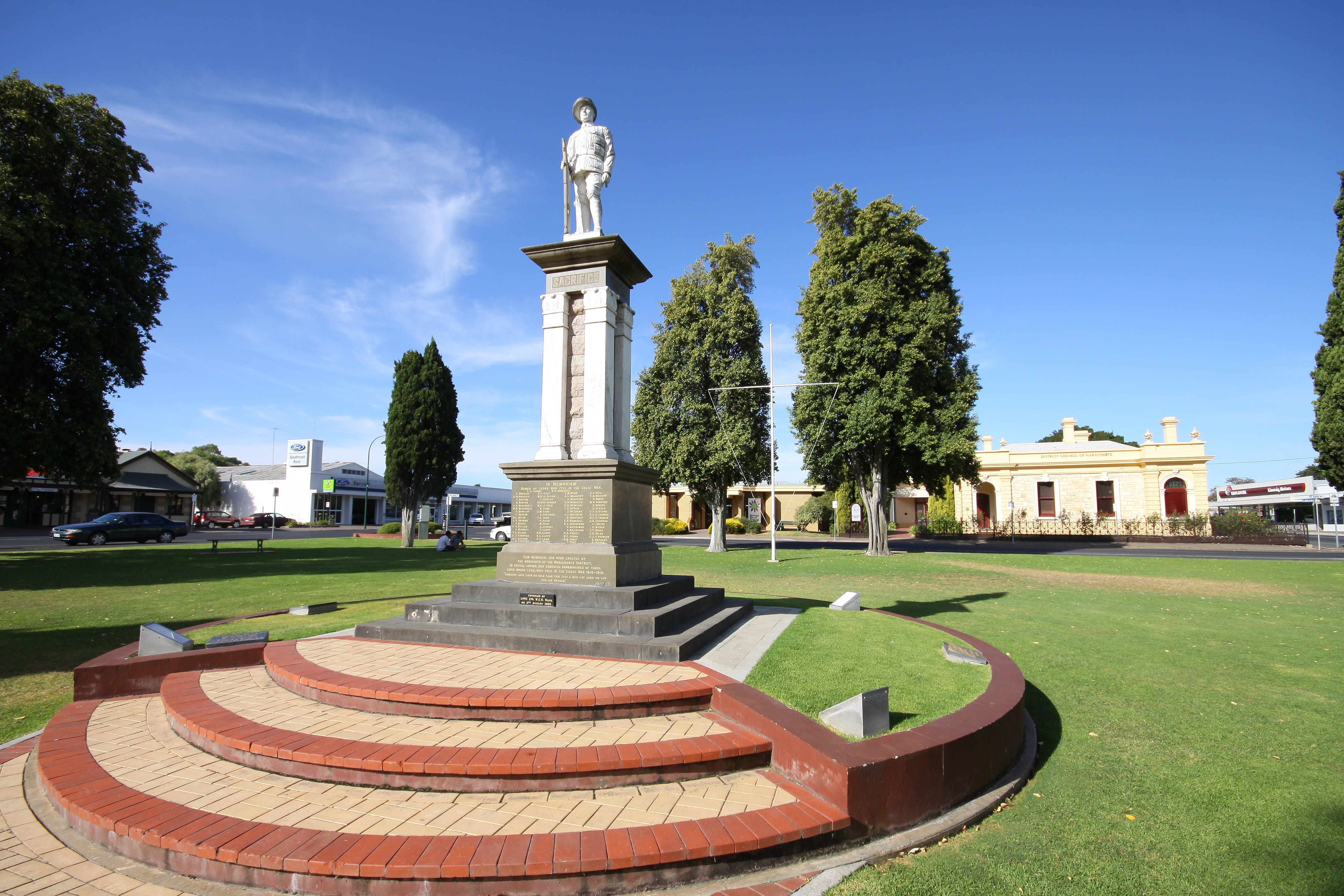Naracoorte Town Square - Taree Accommodation