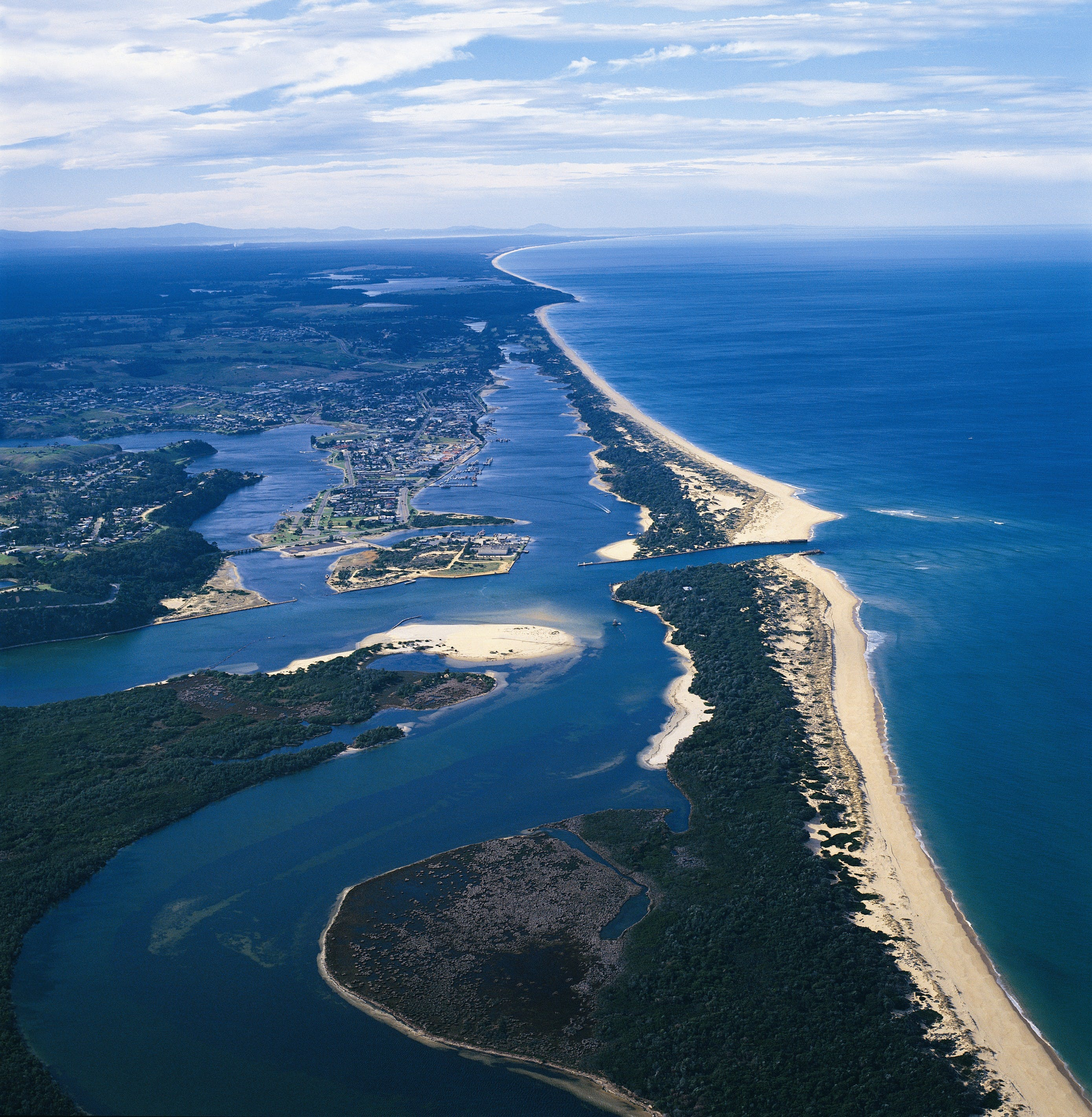 Ninety Mile Beach Marine National Park - Taree Accommodation