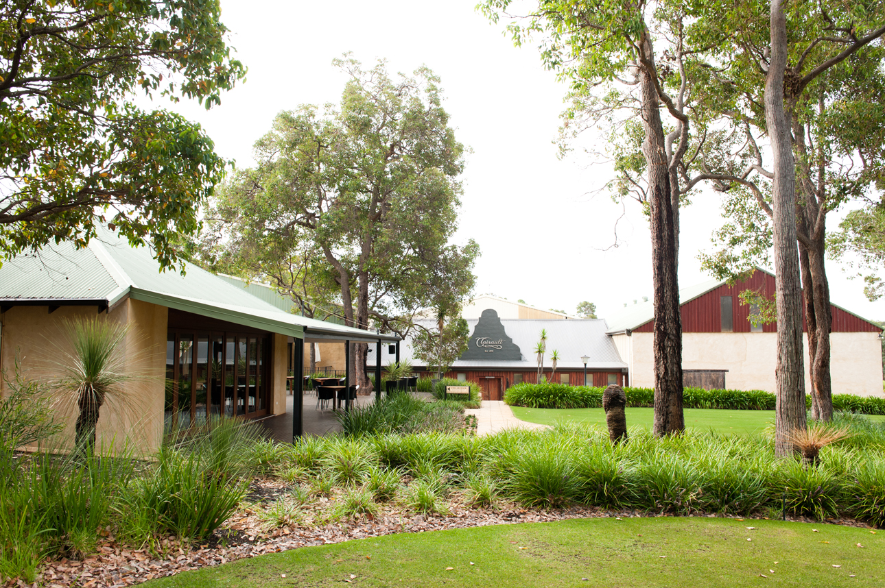 Clairault  Streicker Wines - Taree Accommodation
