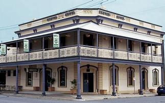 Exeter Hotel Semaphore - Taree Accommodation