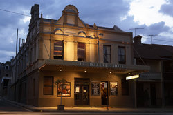 Bellevue Hotel - Taree Accommodation