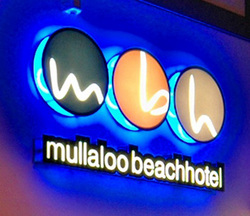 Mullaloo Beach Hotel - Taree Accommodation
