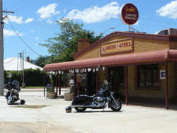 Albion Hotel Swifts Creek - Taree Accommodation