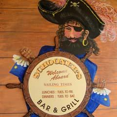 Schooners Bar  Grill - Taree Accommodation