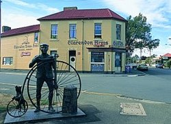 Clarendon Arms Hotel - Taree Accommodation