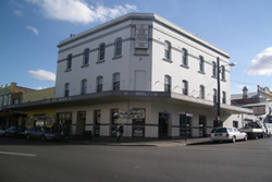 Royal Hotel - Taree Accommodation