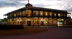 The Grand Terminus Hotel - Taree Accommodation
