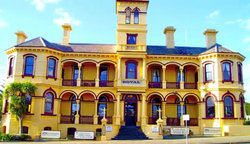 The Queenscliff Historic Royal Hotel - Taree Accommodation