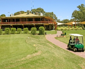 Coomealla Golf Club - Taree Accommodation