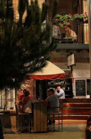 Whisper Wine Bar - Taree Accommodation