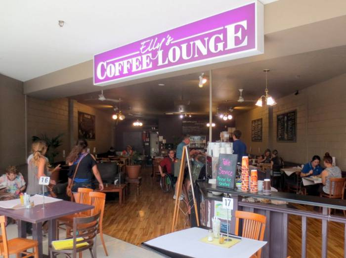 Ellys Coffee Lounge - Taree Accommodation