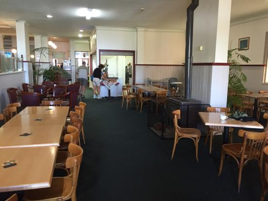 The Royal Restaurant - Taree Accommodation