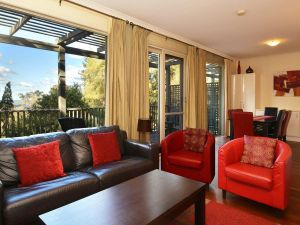 Villa Cypress located within Cypress Lakes - Taree Accommodation