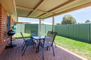 Colonial Court Villas - Taree Accommodation