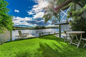 A Beach House At Byron - Taree Accommodation