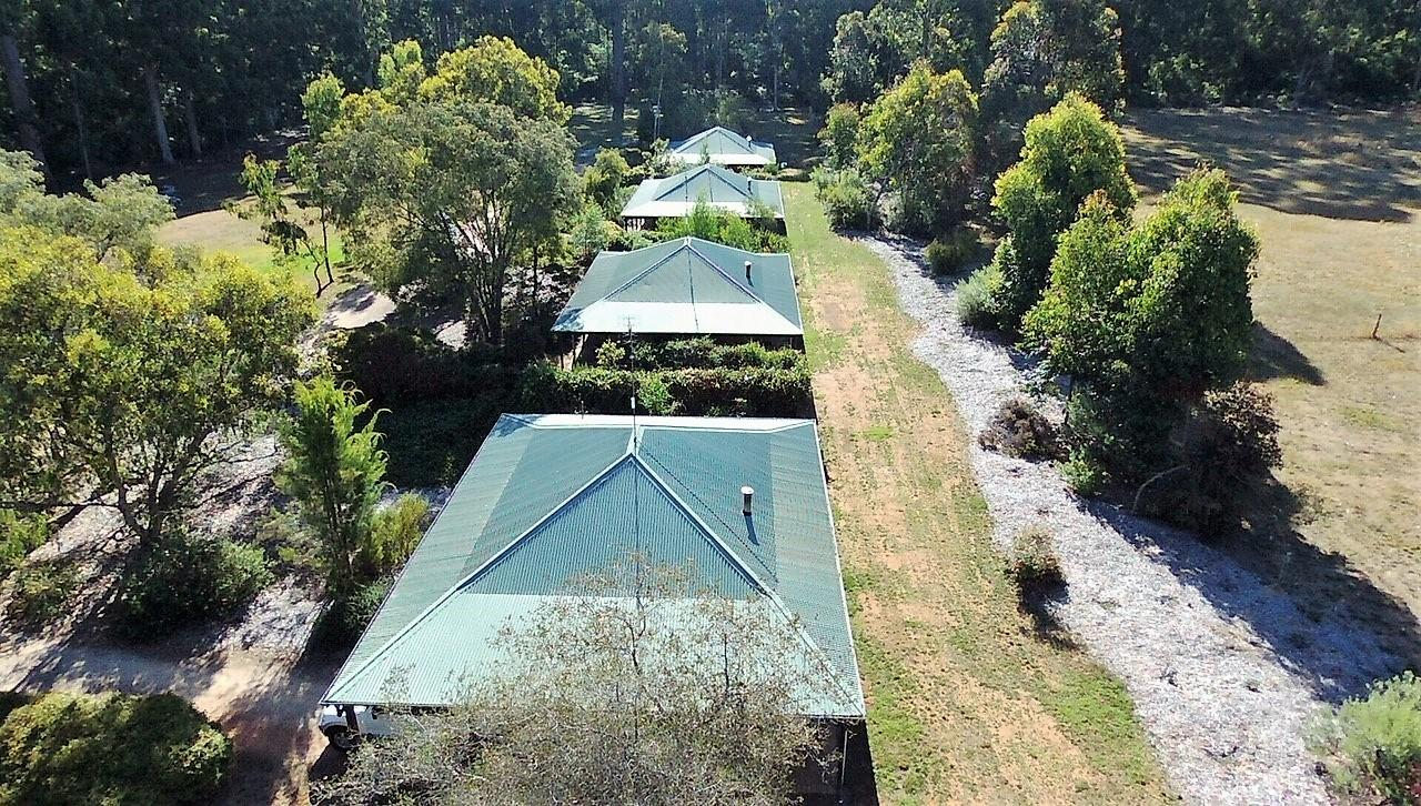 Treenbrook Cottages - Taree Accommodation